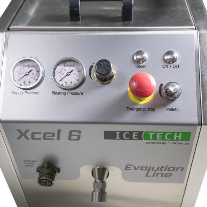 bedieningspaneel van IceTech Xcel 6 droogijsstraalinstallatie